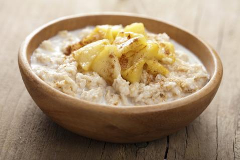 Could breakfast be any quicker, easier, or more delicious? And it's healthy, too—just right for kids. The fruit and spice recall one of their favorite desserts!