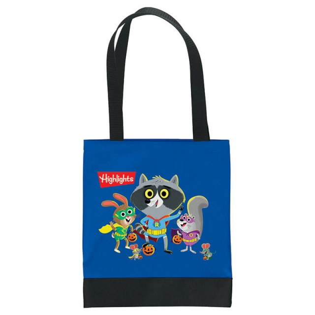 Head-on view of tote bag